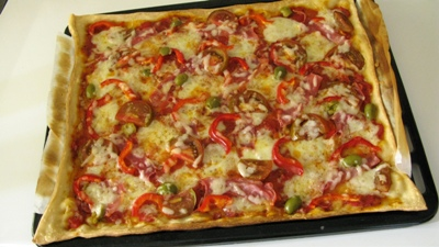 пицца в духовке рецепт из готового теста пошаговый рецепт