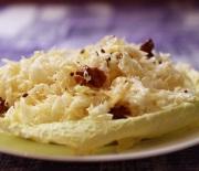 Салат из капусты с болгарским перцем и орехами