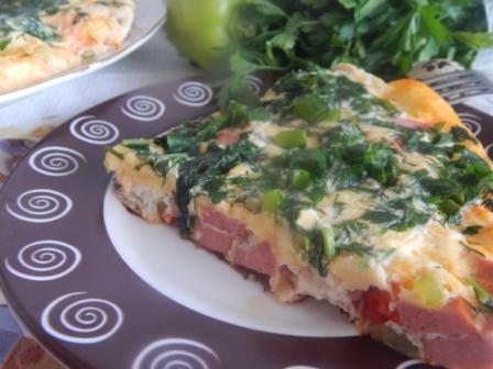 омлет с сыром и помидорами