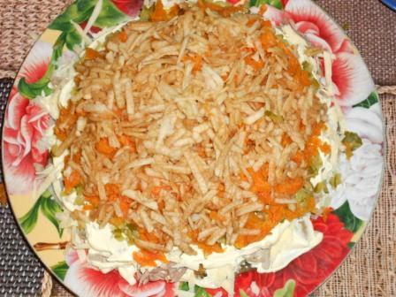 огурец и морковь выложить