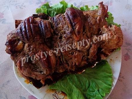 мясо запеченное