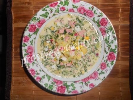 Окрошка на сметане с колбасой рецепт