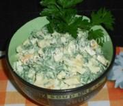 Салат из черемши с яйцами и сыром