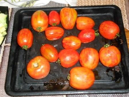 помидоры отправить в духовку