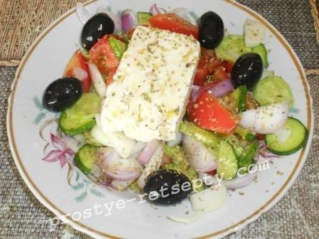 Греческий салат —  классический рецепт