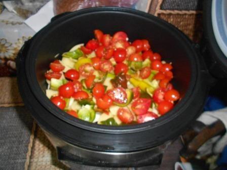 vylozhyt-pomidory