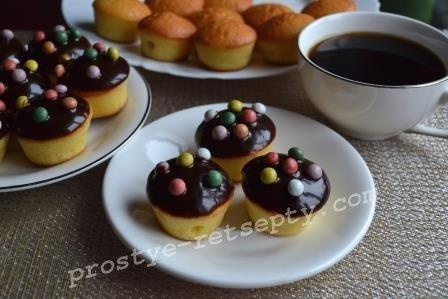 Капкейки с шоколадной глазурью