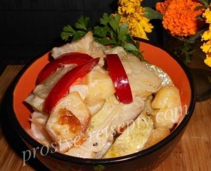 Картошка в духовке с кабачками