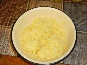натереть картошку