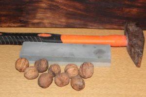 Как очистить грецкий орех от скорлупы в домашних условиях