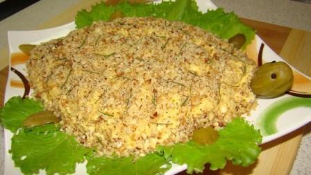 Салат с жареными крабовыми палочками без грибов рецепт 4