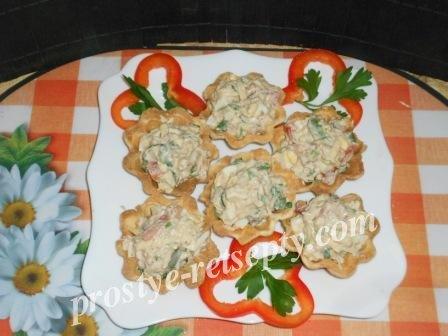 начинка с салатом и сыром