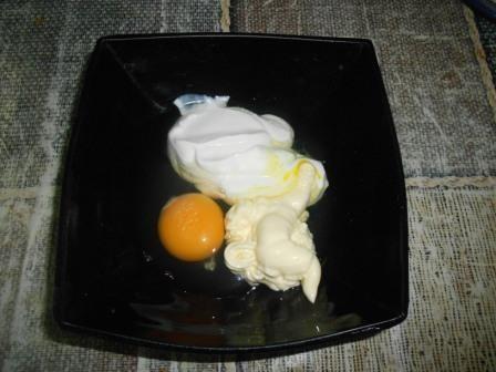 сметана, яйцо, майонез