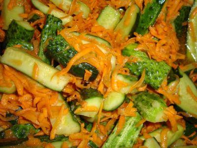 огурцы по-корейски с морковкой