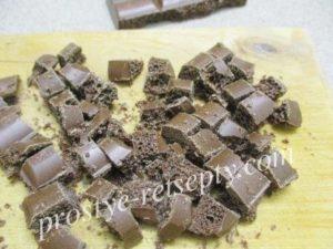 покрошить шоколад