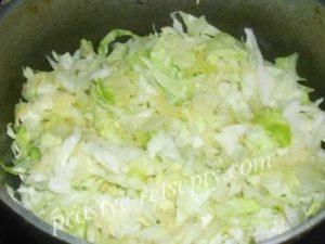 тушить капусту