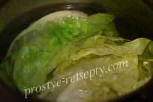 проварить капустные листья